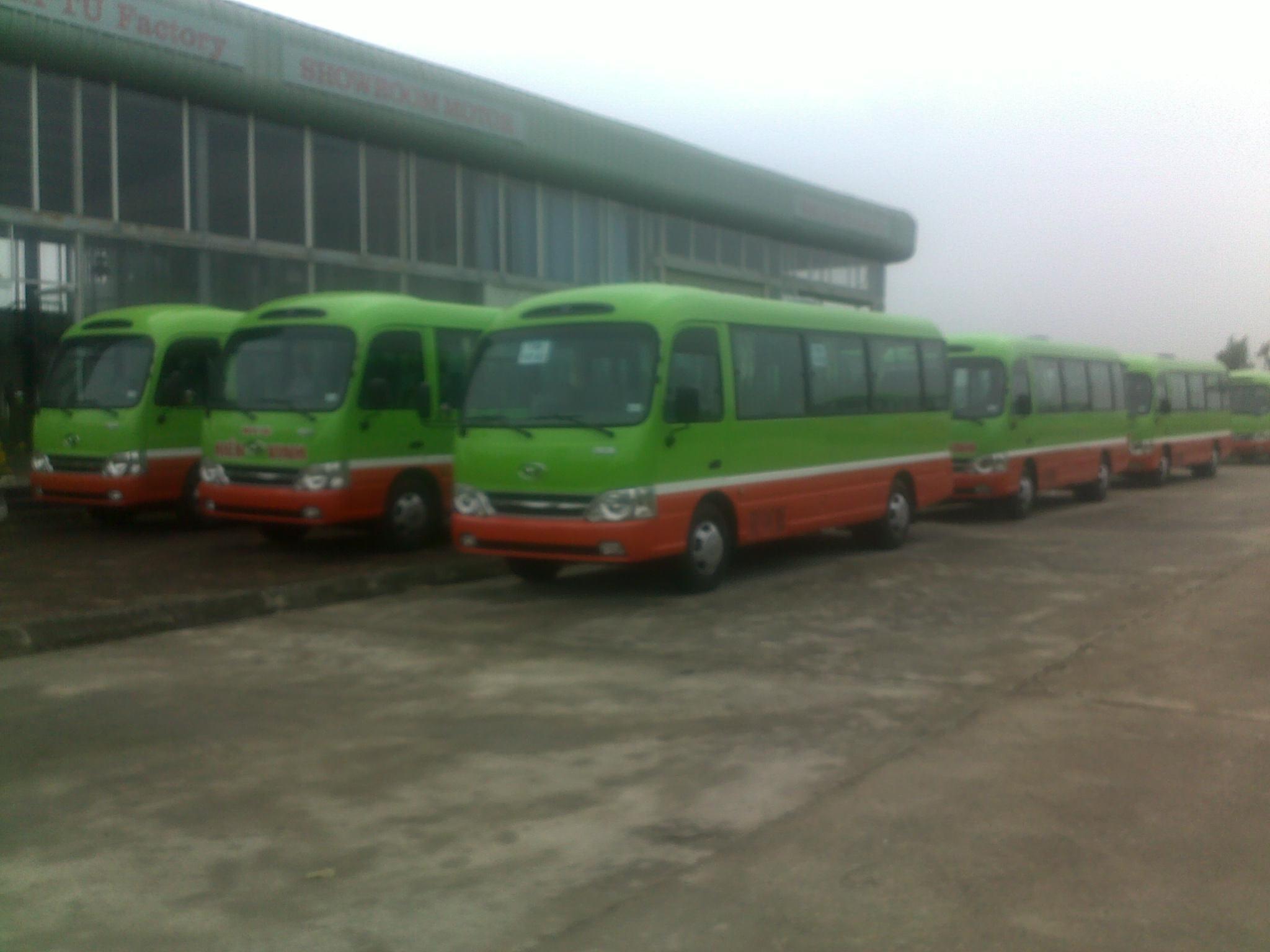 hmt-bus-b40-ngo-gia-tu-huyndai-than-dai-2