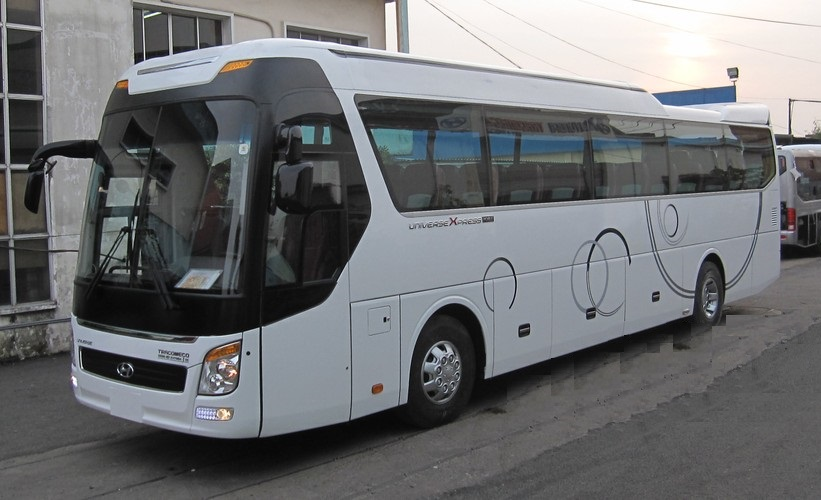 hmt-huyndai-universe-noble-tracomeco-47-ghe-380ps-410ps-6