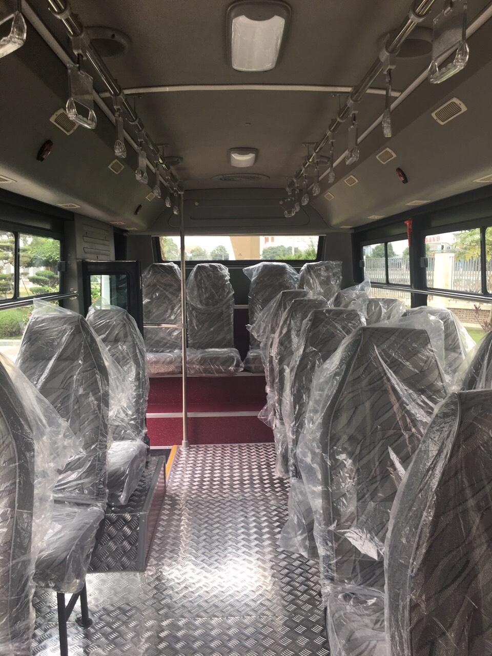 xe-bus-15-hd-b40-kieu-dang-new-city-5
