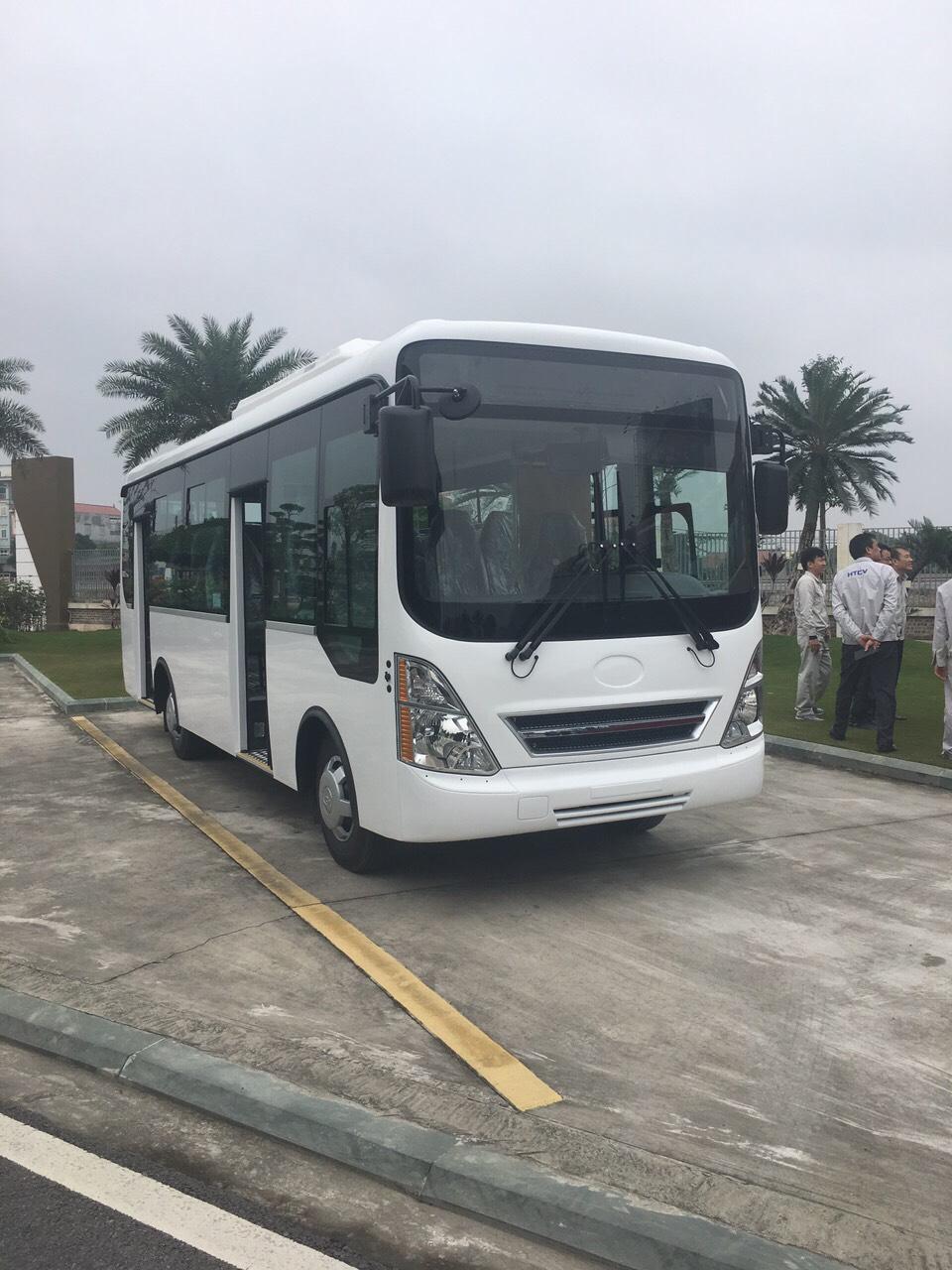 xe-bus-15-hd-b40-kieu-dang-new-city-7