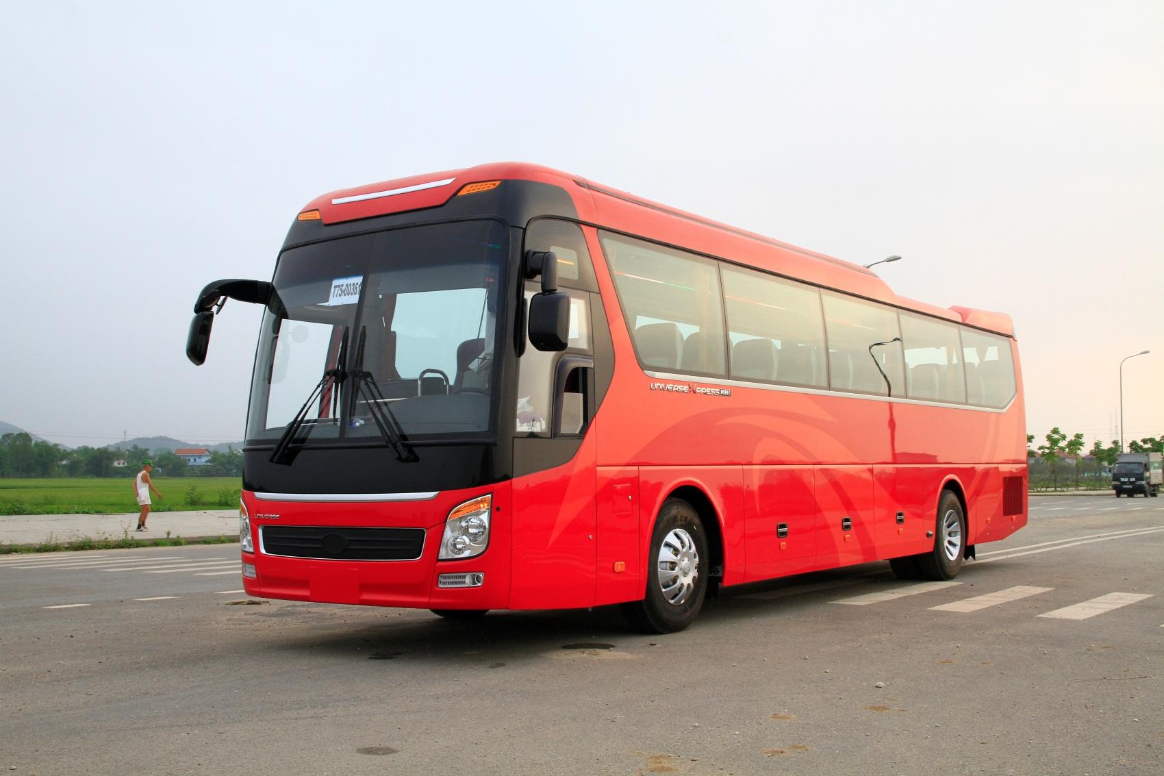 xe-khach-2934-haeco-hue-dong-co-hino-8