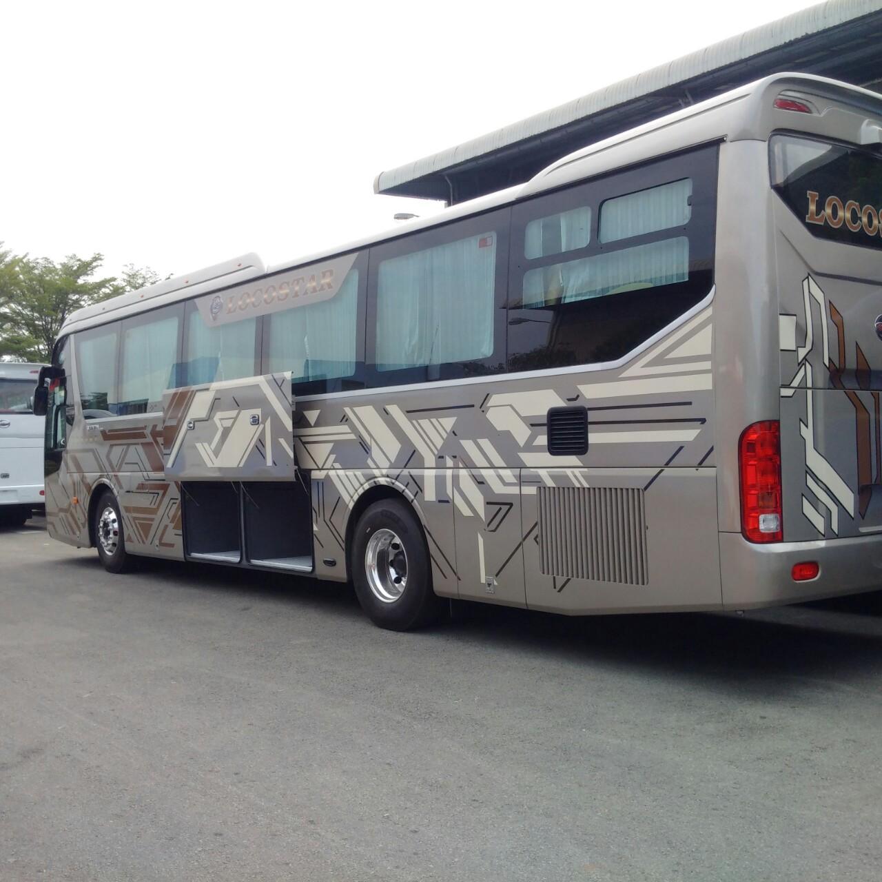 xe-khach-samco-vip-32-cho-ghe-nga-3